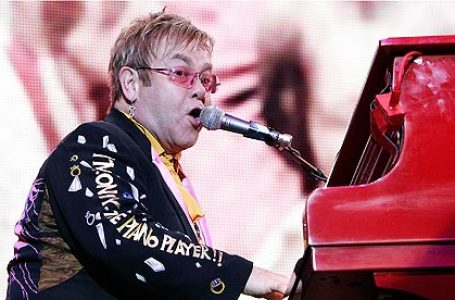 Legenda svetovej hudobnej scény Elton John sa predstaví na Slovensku