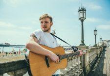 Mladý český pesničkár Thom Artway vydává druhý album s názvom All I Know