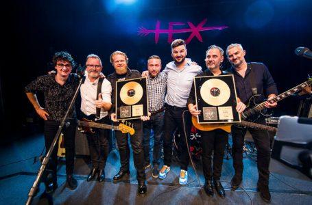 HEX má Zlatú platňu za album TEBE, predstaví ho na turné a berie si so sebou Silné reči!