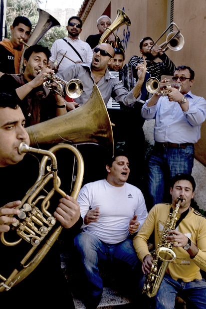 Čistá balkánska hystéria v podaní Mahala Rai Banda